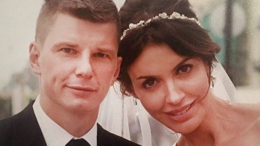 «Бьет нажалость, аферистка»: мать Аршавина пристыдила Казьмину завымогательство