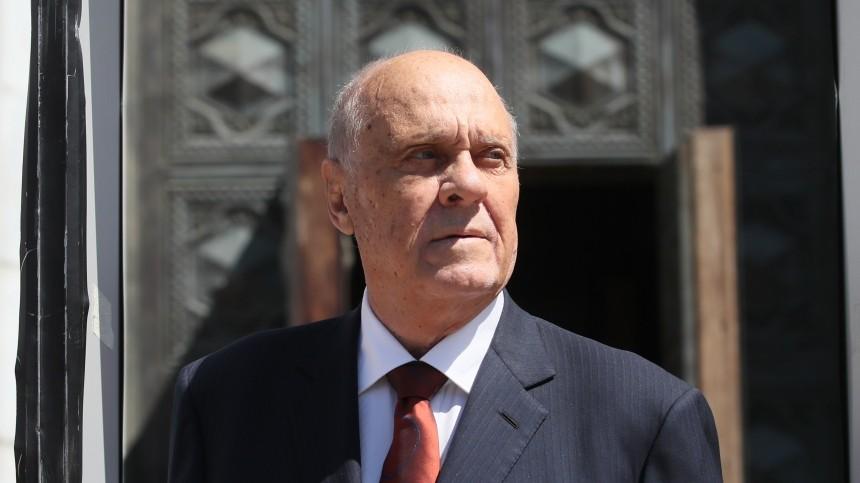 «Должен был дожить до60 лет»: Меньшов поражался, что преодолел роковую для семьи цифру