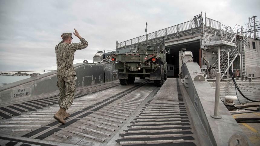 Еще один: десантный корабль ВМС США направляется вЧерное море