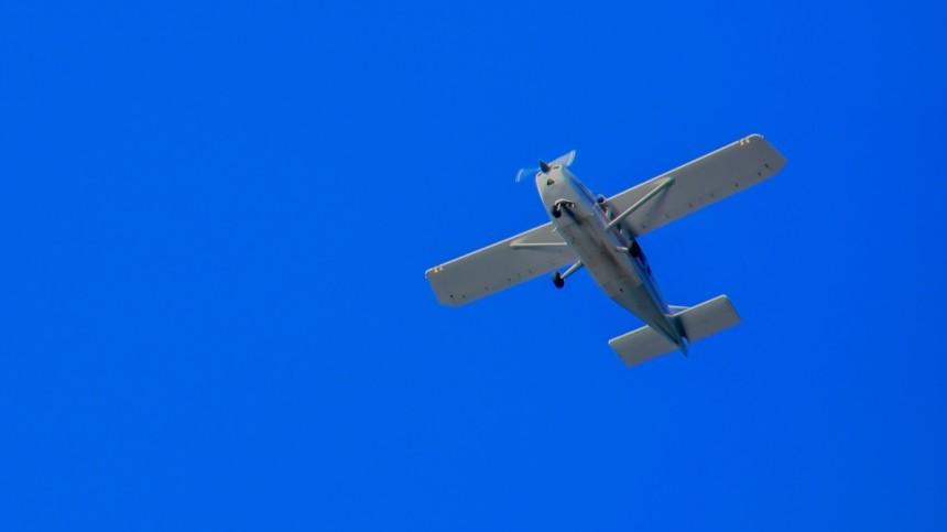 Махали руками: пилоты упавшего наЯмале легкомоторного самолета найдены живыми