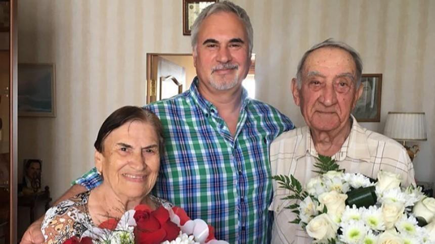 Аферисты развели пожилых родителей братьев Меладзе на300 тысяч рублей