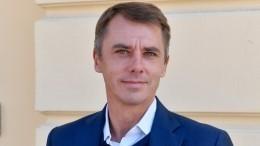 «Замечательный отец»: Игорь Петренко отправился вотпуск сдетьми— фото