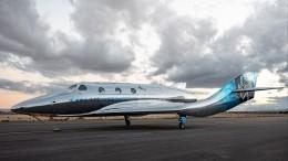 Два билета вкосмос! Совершивший суборбитальный полет миллиардер устроит розыгрыш