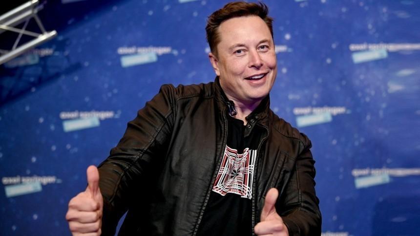 Маск поаплодировал Рогозину запризыв вкладываться вкосмические технологии