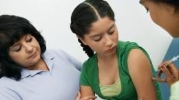 Когда вРоссии начнут прививать подростков отCOVID-19? —комментарий Гинцбурга