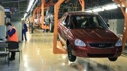 АвтоВАЗ приостановил производство некоторых моделей Lada иRenault