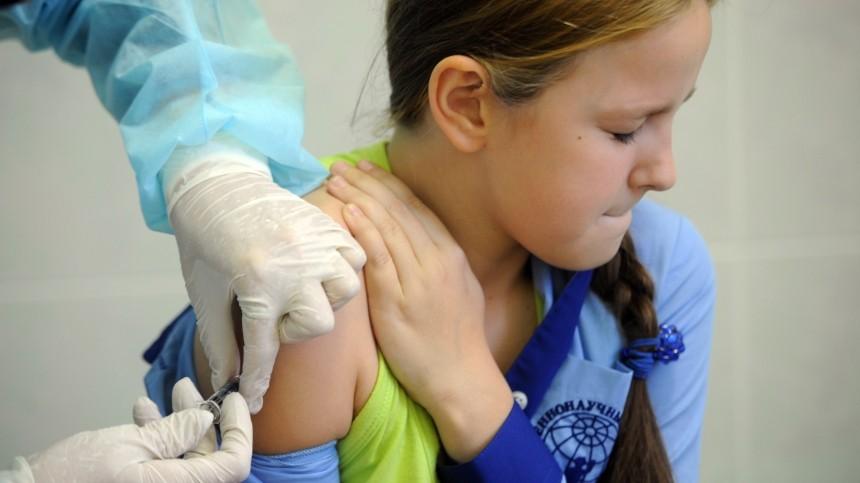 «Решение преждевременно»: Кузнецова прокомментировала заявление оначале вакцинации подростков