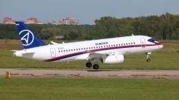 ОАК поставит авиакомпаниям еще 30 самолетов SSJ-100 доконца года