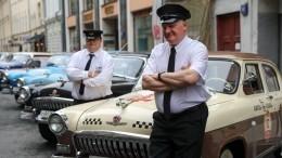 ВСмольном придумали «кодекс этики таксиста», который небудет работать