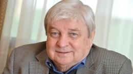Видео: ВМоскве прощаются сбывшим мужем Пугачевой Александром Стефановичем