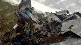 Кадры изнутри самолета Ан-28, совершившего аварийную посадку вТомской области