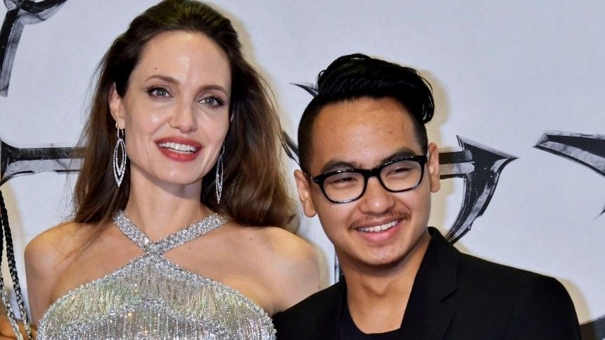 «Украденные дети»: Джоли заподозрили махинации при усыновлении старшего сына
