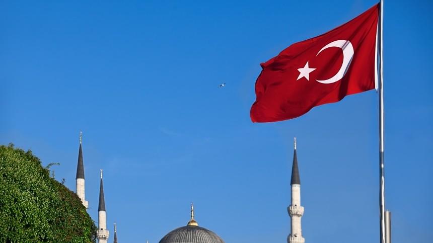 Стоитли ждать закрытия границ Турции из-за нового штамма COVID-19?