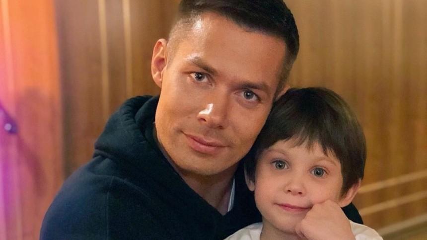 Семилетнего сына Стаса Пьехи госпитализировали после жесткого избиения