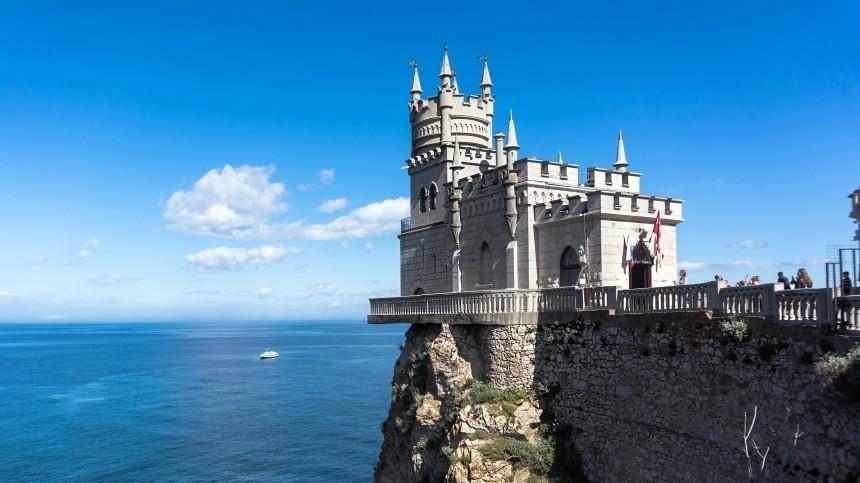 Крым могут закрыть для туристов при ухудшении ситуации скоронавирусом