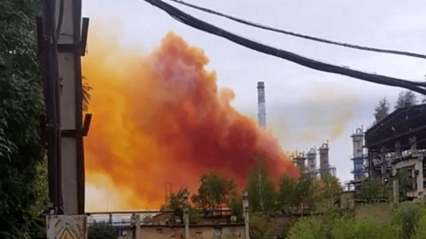 Украину могут накрыть кислотные дожди после аварии на«Ровноазот»