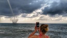 Смерч, ливни ишторм: Сочи снова сотрясает разрушительная непогода— видео