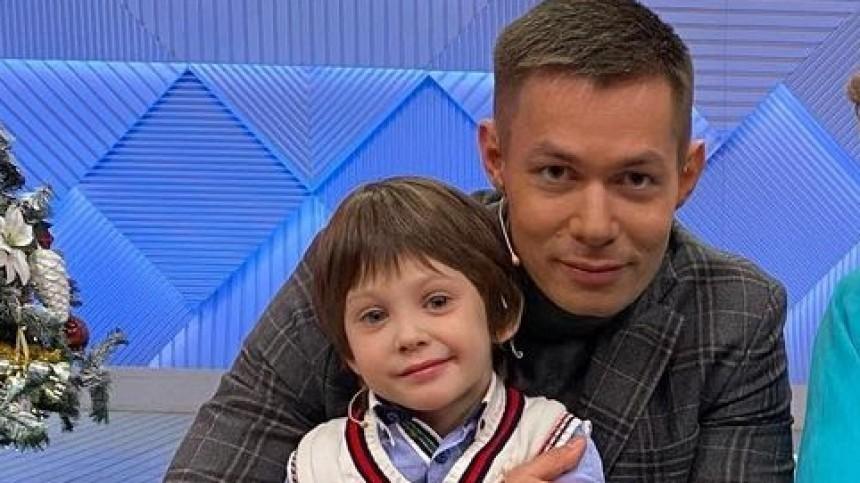 «Люди сходят сума»: Алена Кравец про избиение сына Стаса Пьехи