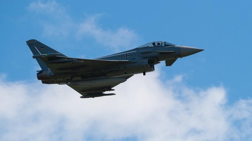Российский истребитель сопроводил немецкий самолет над Балтийским морем