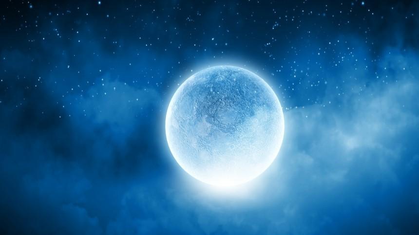 Почему нельзя спать под лунным светом? —объясняют эксперты