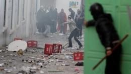 Встолицу Туниса ввели войска