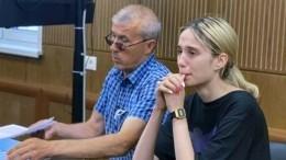 Сбившая насмерть детей вМоскве отказывается отеды иможет навредить себе вСИЗО