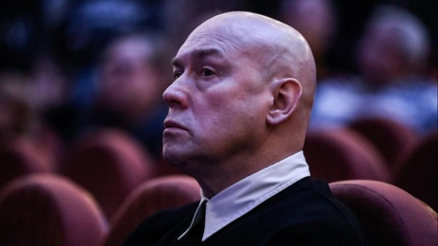 «Душу вымотал»: Виктор Сухоруков раскрыл истинную причину увольнения изтеатра Моссовета