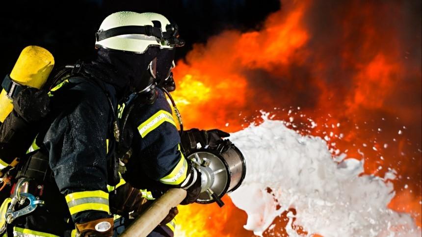 Заспасение людей изгорящего дома под Самарой почему-то наградили вовсе негероев