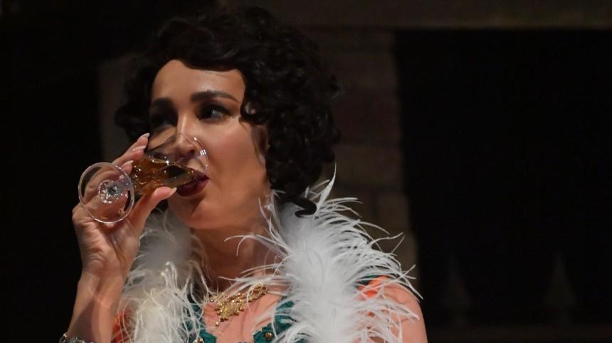 Боня о«пьяном» скандале сБузовой: «Может выпить после концерта»