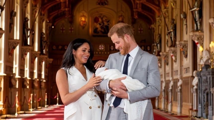 Дочь принца Гарри иМеган Маркл включили всписок наследников престола