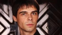 Видео избиения артиста балета Ярмийчука вцентре Петербурга