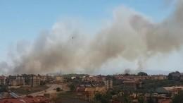 Более 50 человек пострадали при крупном пожаре втуристической Анталье