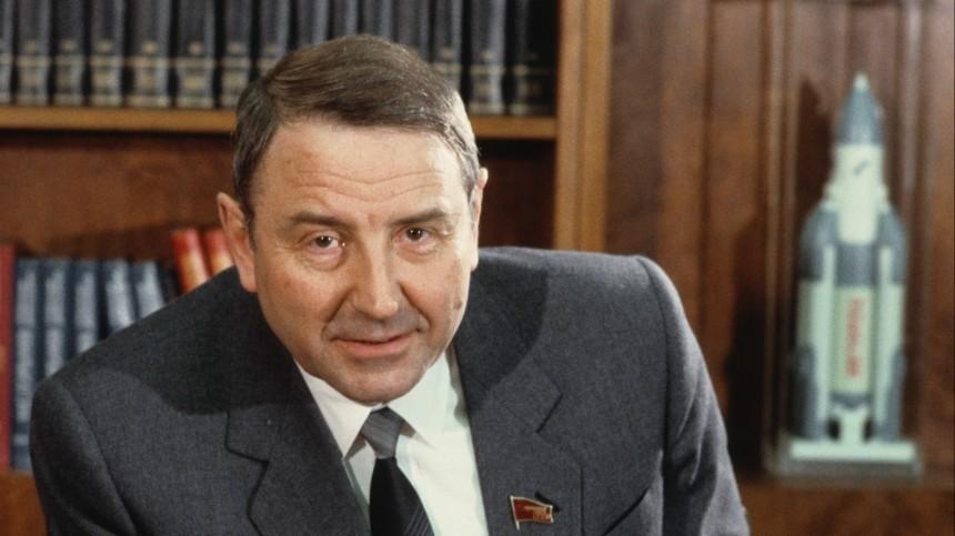 Умер экс-министр общего машиностроения СССР Олег Бакланов