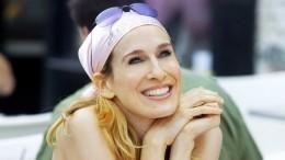 Аксессуар сезона: Шесть способов носить шелковый платок