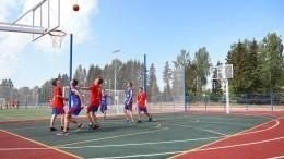 Долгожданный стадион открыли впоселке Псковской области