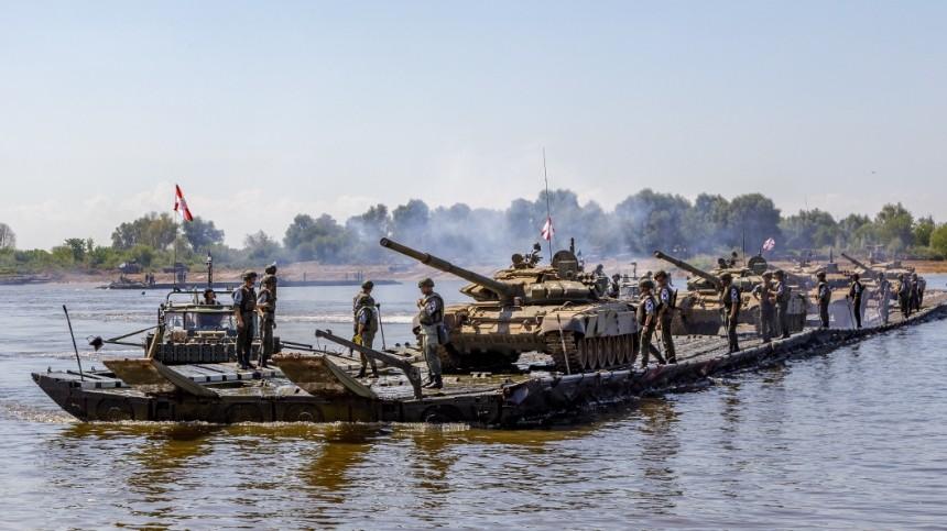 ВКремле оценили возможность размещения российских военных вБелоруссии