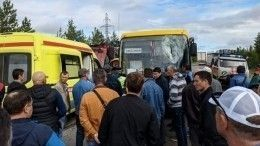 Водителя автобуса убило куском железной арматуры наЯмале
