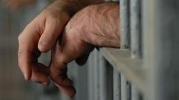 Подозреваемый вубийстве школьницы самарский полицейский расплакался всуде