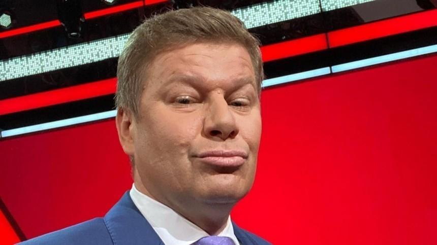 Губерниев устроил перепалку сглавным тренером российских пловцов