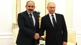 Путин поздравил Пашиняна сповторным назначением надолжность премьера Армении