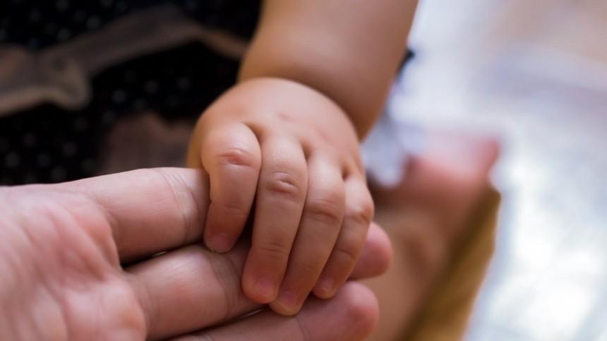 ВПодмосковье ужилого дома найдена двухлетняя девочка