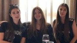 Время сестер: Шубская засветилась наулицах Милана совсеми дочками Глаголевой