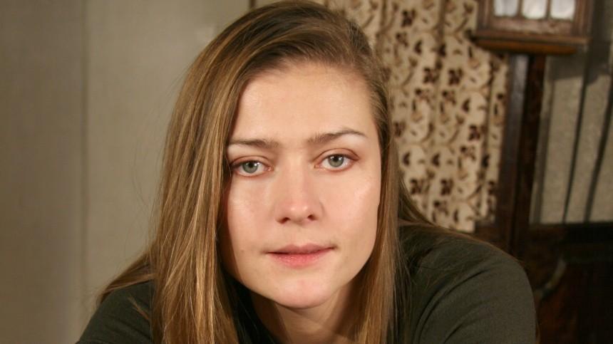 Мать Голубкиной окровном родстве актрисы сБаталовым: «Зачем опровергать?»