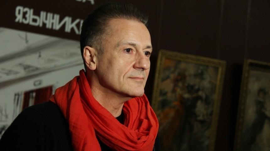 Меньшикова заподозрили вмахинациях сувольнениями актеров изтеатра