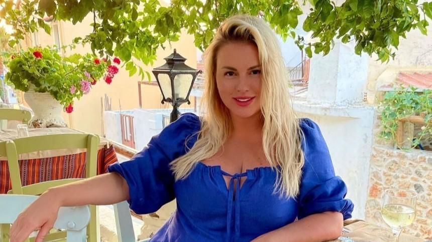 Анна Семенович оботкрытых отношениях сбойфрендом: «Ямогу еще выбирать!»
