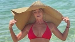 Анастасия Волочкова шокировала подписчиков голой грудью