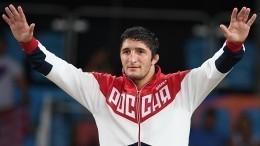 Российские атлеты приняли участие вцеремонии закрытия ОИ-2020 вТокио