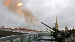 ВПетербурге отметили 77-ю годовщину окончания битвы заЛенинград