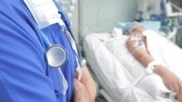 Заболевшая коронавирусом беременная американка родила, находясь вкоме