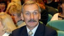 Звезда «Вбой идут одни «старики» Талашко обобвинениях: «Раздевал? Целовал?»